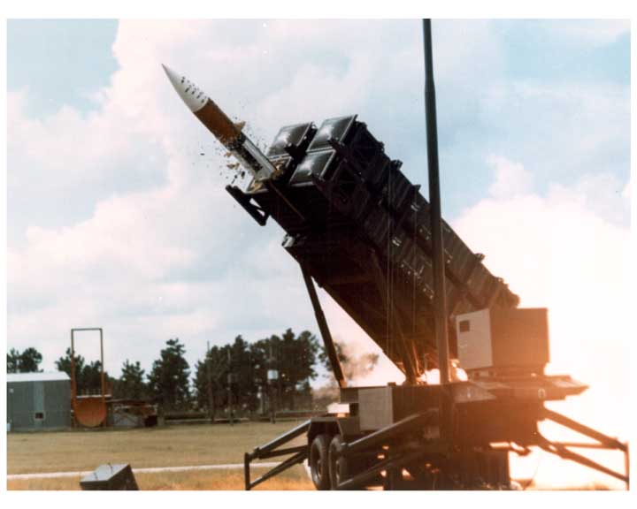 Photo of PATRIOT missile at the beginning of a missile launch.